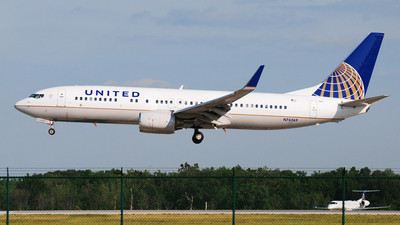 N76269 - Boeing 737-824 - United Airlines