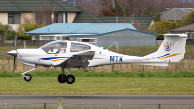 ZK-MTK - Diamond DA-40 Diamond Star XLS - Massey University School Of Aviation