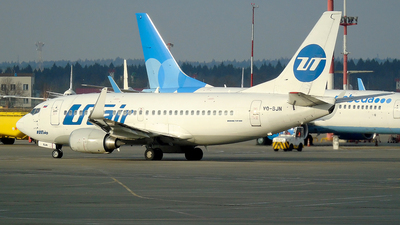 VQ-BJN - Boeing 737-524 - UTair Aviation