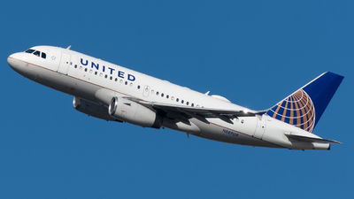 N889UA - Airbus A319-132 - United Airlines