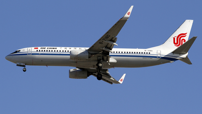 A picture of B7180 - Boeing 73789L - Air China - © wangpaul