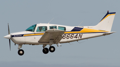 N6664N - Beechcraft C23 Sundowner - Private