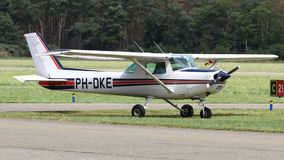 PH-DKE - Reims-Cessna F152 - Private