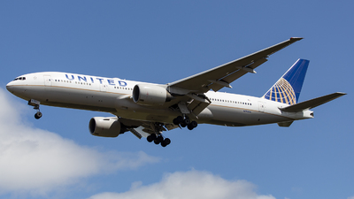 N792UA - Boeing 777-222(ER) - United Airlines
