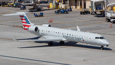 A picture of N611SK - Mitsubishi CRJ701ER - American Airlines - © GolferRyan