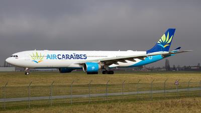F-OONE - Airbus A330-323 - Air Caraïbes Atlantique