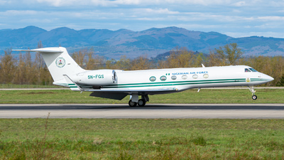 5N-FGS - Gulfstream G-V - Nigeria - Air Force