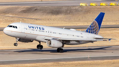 A picture of N461UA - Airbus A320232 - United Airlines - © HA-KLS