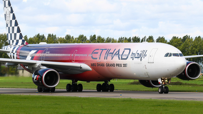 A6-EHJ - Airbus A340-642 - Etihad Airways