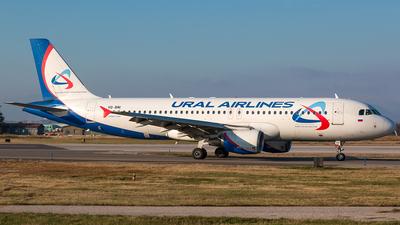 A picture of VQBNI - Airbus A320214 - Ural Airlines - © De Guidi Oscar