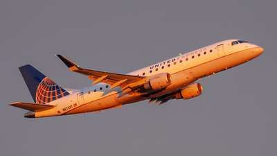 A picture of N87337 - Embraer E175LR - United Airlines - © JohnSully