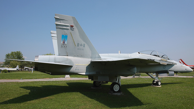 188911 - McDonnell Douglas CF-188B Hornet - Canada - Royal Canadian Air Force (RCAF)
