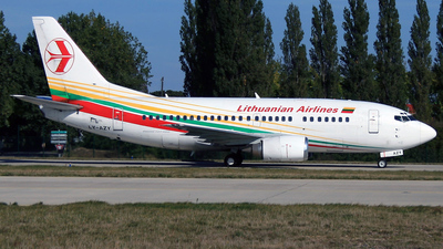 LY-AZY - Boeing 737-548 - Lithuanian Airlines
