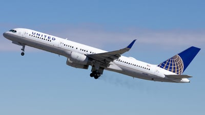 N33103 - Boeing 757-224 - United Airlines