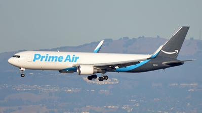 N367AZ - Boeing 767-319(ER)(BDSF) - Amazon Prime Air (Air Transport International)