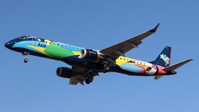 A picture of PRAXH - Embraer E195AR - Azul Linhas Aereas - © Altino Dantas