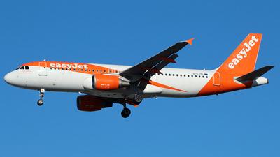 G-EZTL - Airbus A320-214 - easyJet