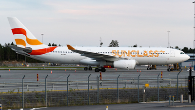 OY-VKF - Airbus A330-243 - Sunclass Airlines