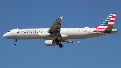 A picture of N970UY - Airbus A321231 - American Airlines - © Stephen J Stein