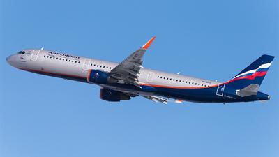 A picture of VPBFX - Airbus A321211 - Aeroflot - © Faustasyan