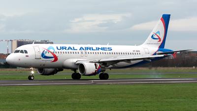 VP-BKB - Airbus A320-214 - Ural Airlines