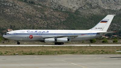 RA-86104 - Ilyushin IL-86 - Siberia Airlines