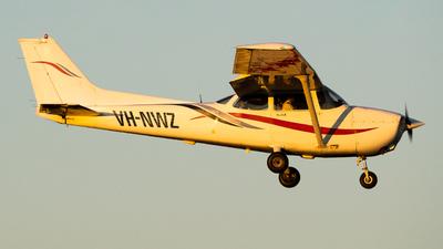 A picture of VHNWZ - Cessna 172R Skyhawk - [17280933] - © Ben Long