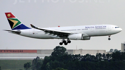 ZS-SXX - Airbus A330-243 - South African Airways