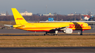 A picture of GBMRD - Boeing 757236(SF) - DHL - © Paul Kalbitz
