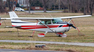 N9874E - Cessna 172N Skyhawk - Private