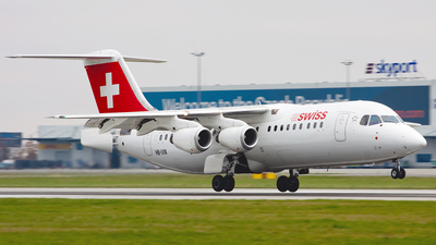 HB-IXN - British Aerospace Avro RJ100 - Swiss