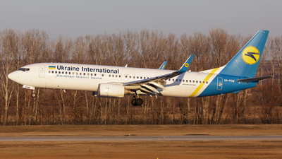 UR-PSM - Boeing 737-8FZ - Ukraine International Airlines