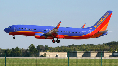 N8617E - Boeing 737-8H4 - Southwest Airlines