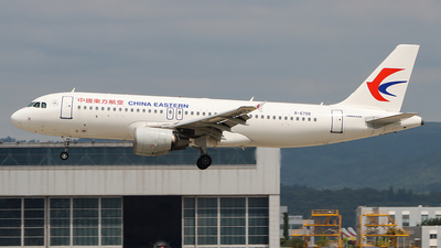 A picture of B6798 - Airbus A320214 - China Eastern Airlines - © ChengFJ