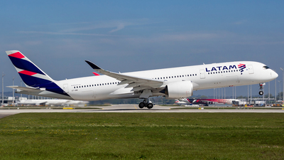 A7-AMA - Airbus A350-941 - Qatar Airways