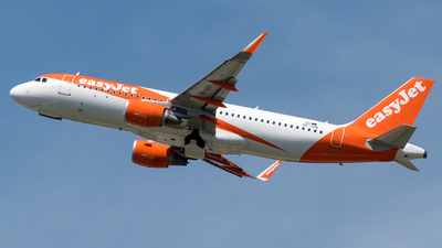 OE-IVN - Airbus A320-214 - easyJet Europe