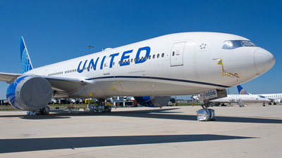 A picture of N77006 - Boeing 777224(ER) - United Airlines - © Daniel Mena
