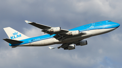 A picture of PHBFW - Boeing 747406(M) - KLM - © Tianrun Wang