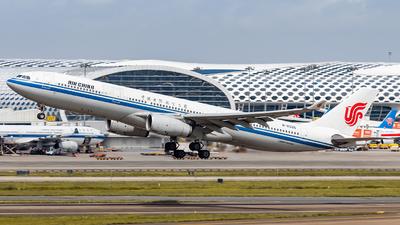B-6525 - Airbus A330-343 - Air China