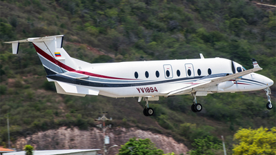 YV1894  - Beech 1900D - Private