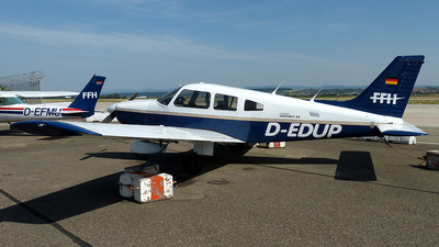 D-EDUP - Piper PA-28-181 Archer II - FFH Flight Training