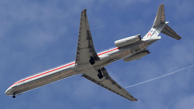N9616G - McDonnell Douglas MD-83 - American Airlines