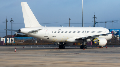 B-1825 - Airbus A320-214 - Lucky Air