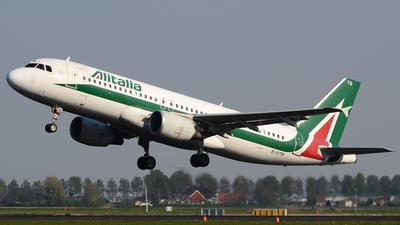 EI-DTB - Airbus A320-216 - Alitalia