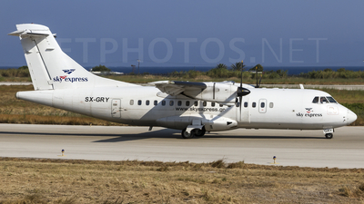 SX-GRY - ATR 42-300 - Sky Express