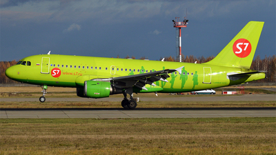 VP-BHL - Airbus A319-114 - S7 Airlines