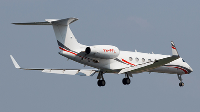VH-PFL - Gulfstream G550 - Private