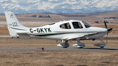 A picture of CGKYK - Cirrus SR22 - [0196] - © Mike MacKinnon