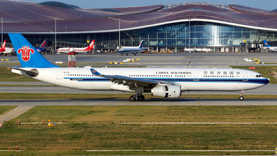 A picture of B8361 - Airbus A330343 - China Southern Airlines - © yiran