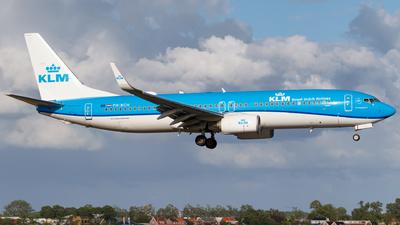 PH-BCH - Boeing 737-8K2 - KLM Royal Dutch Airlines